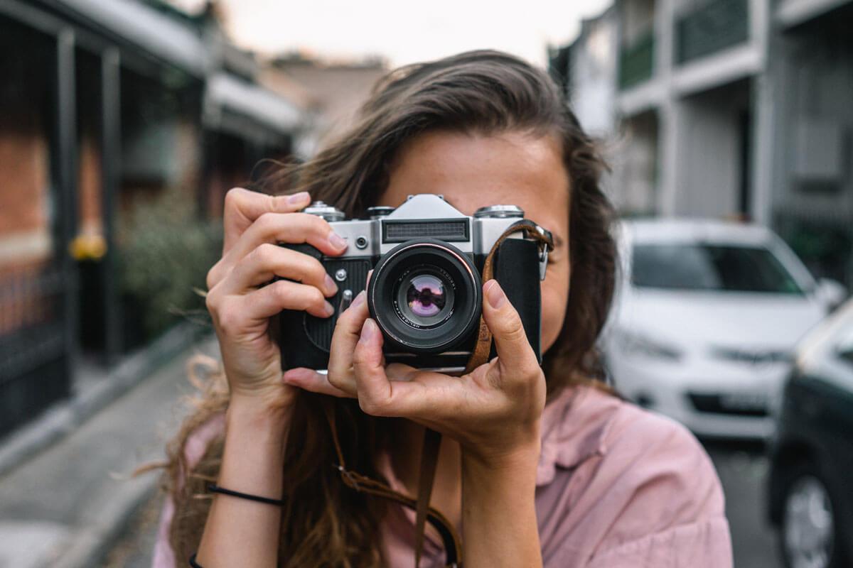 DSLR & DSLM-Kameras im direkten Vergleich – Spiegel oder spiegellos?